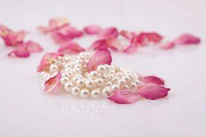 Cadouri și perle