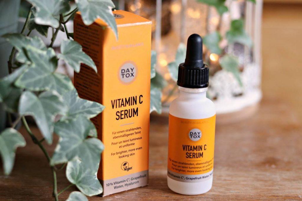DayTox Serum cu vitamina C