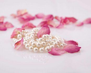 Cadouri și perle, alegerea simplă pentru momentele sofisticate