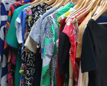 În căutarea rochiei perfecte cu Hainescu Outlet și un concurs surpriză!